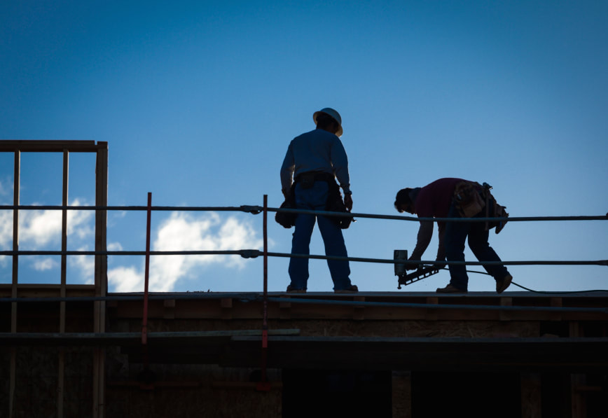 Fredericton Roofers working to get a roof finished